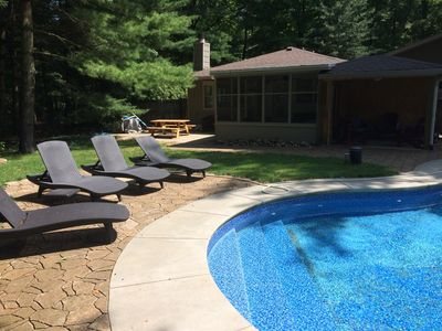 Private, relaxed with a heated inground pool. Union Pier beaches. Sleeps 7