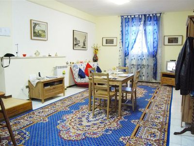 Photo for Comfortable Trastevere Apartment, Wifi, Parking