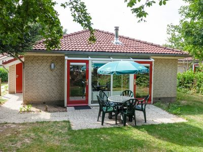 Photo for 4-person bungalow - Extra accessible in the holiday park Landal Stroombroek - on the water/recreation lake