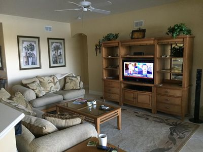 Living Room with SW Florida décor thru out.