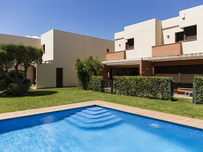 Photo for Nice house next to Empúries beaches with air conditioning and swimming pool