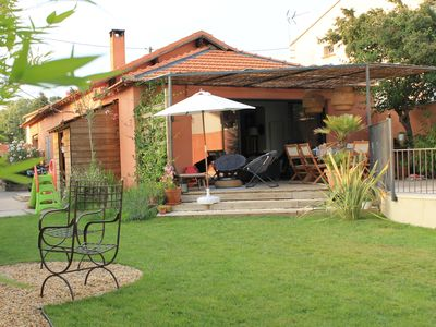 Photo for Nice house with pool near Aix en Provence and Luberon