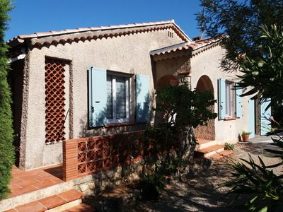 Photo for villa 1 km from the beaches, close to shops, pets welcome