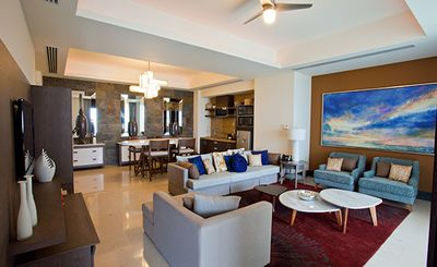 Living room, dining area and kitchenette in 1 bedroom Presidential.
