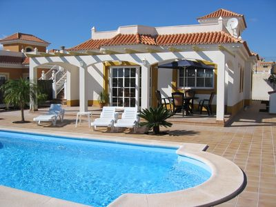 Photo for Beautiful villa with private heated pool on 5* Fuerteventura Golf Complex