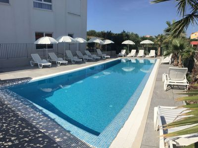 Photo for Comfortable two-bedroom apartment with swimming pool 6
