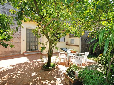 Photo for Apartment Limoneto a Priora in Sorrento - 4 persons, 1 bedrooms