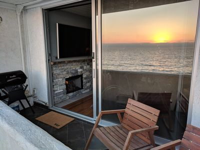 Photo for AMAZING Oceanfront Condo in South Redondo Beach!