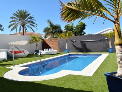Photo for BEAUTIFUL VILLA with heated pool in Maspalomas. 3rd Bed room with supplement