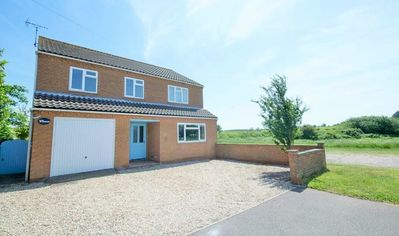 Photo for Superbly located and refurbished four bedroom property five minutes walk to town