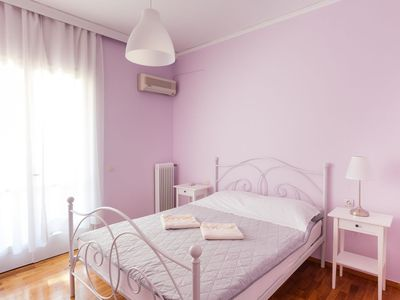 Photo for Central apartment next to the old town and beach