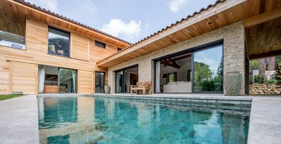 Photo for Superb, newly-built villa in the heart of l'Escalet Forest