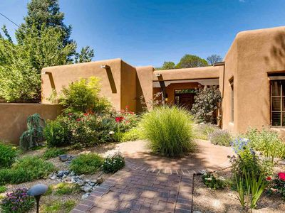 Photo for Elegant Santa Fe Luxury, Walk to Canyon Road and the Plaza, Lots of Space