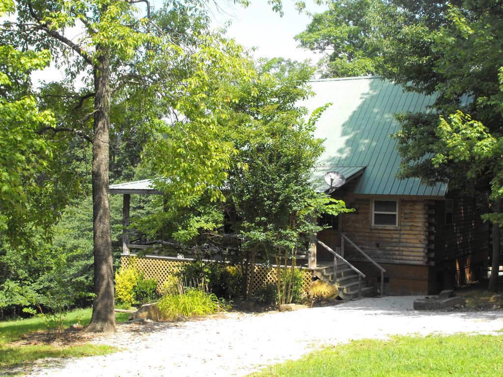 ridge hideaway cabin mena and pen entrance in area living wolf arkansas at clear near gap rentals cabins sky