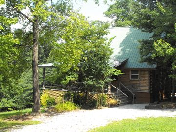 Deer Cabin Of Deer Lodge Cabin Rentals Is A Secluded Ozark Cedar Log Cabin