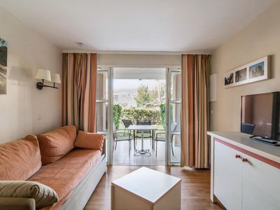 Photo for 1BR Apartment Vacation Rental in Saint Raphaël