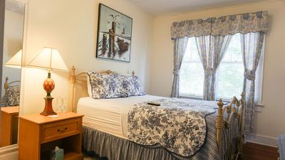 Photo for #22 The Mary Miller Room | Stnd Queen | The Putnam Lodge