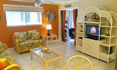 Photo for Serene #202 Great one bedroom one bath on first floor