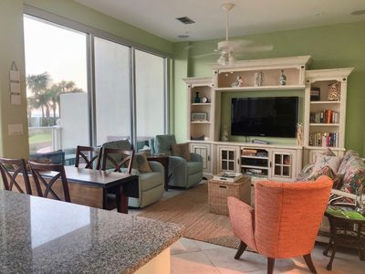 Photo for Diamond Beach Luxury Resort Condo Fit for a King II on the beach