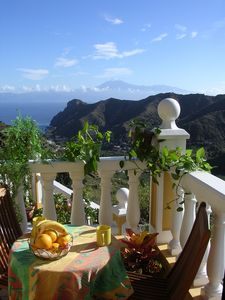 Photo for Casa Rural El Serrillal 1 - cozy, views of the sea and the valley