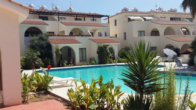 Photo for Modern 2 bed apartment with WiFi situated in the Universal Area of Paphos