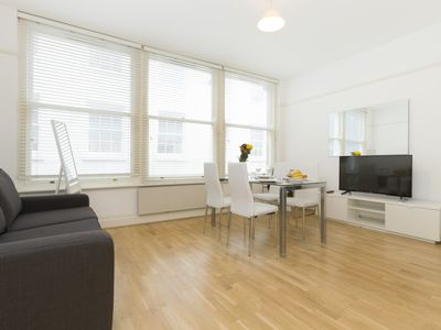 Photo for LOVELY 1BR AT CHANCERY LANE - HOLBORN - MINUTES FROM SAINT PAUL'S CATHEDRAL!
