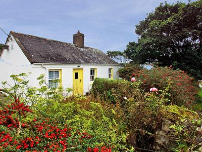 Photo for Traditional cottage set within ½ acre…