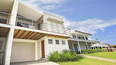 Photo for Surf Mist - contemporary seaside duplex