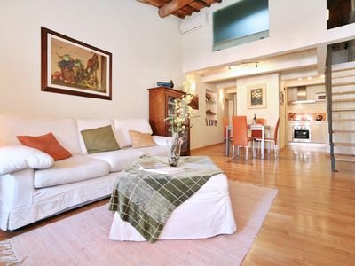 Photo for Wonderful Anfiteatro Square Apartment Inside the Walls