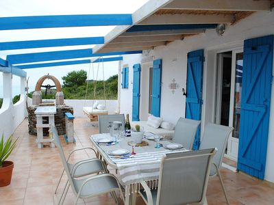 Photo for Villa pure Mediterranean style.  Superb view 100 meters from the beaches.