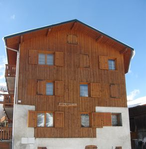 Photo for MERIBEL APARTMENT RDC IN CHALET THE VOUTE AT ALLUES AT 400 M TELECABINE