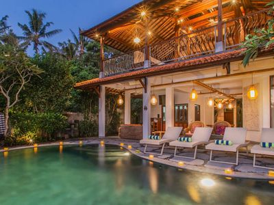 Photo for Luxury 4 Bedrooms Villa with River View in Ubud