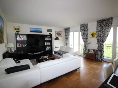 Photo for Family apartment for 6 with 3 Bedrooms, 2 BR, Wifi , with a view on PARIS