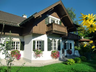 4 Star Holiday house with panorama mountain view and large garden