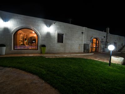 Photo for Villa Ettore: fascinating night of swimming pool and wood-burning oven for entertaining evenings