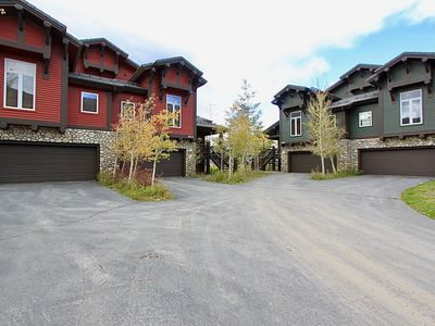 Photo for Snowcreek #822-5 Bedroom Townhouse With Stunning Mountain Views! Sleeps a crowd!