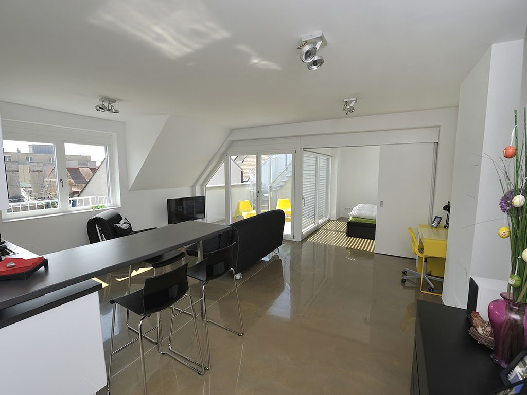New, Modern, Architect-Designed Penthouse Loft With 2 Outdoor Roof Terraces