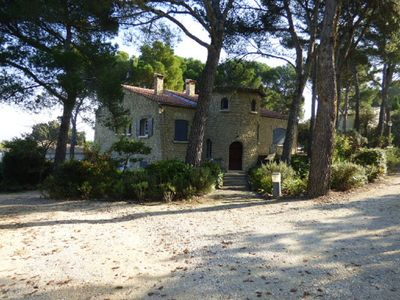 Photo for LOU JAS Stone house in Châteauneuf de Gadagne for 10 people with swimming pool