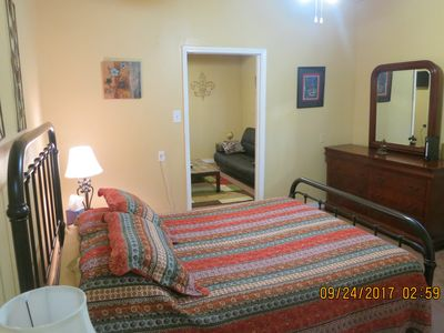Photo for Charming Mid City Apartment