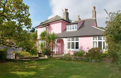 Photo for Rosemount Family-friendly Cottage And Garden In Sailing And Fishing Village
