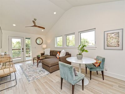 Photo for Central Austin! Live like a Local in this Stylish Garage Apartment!