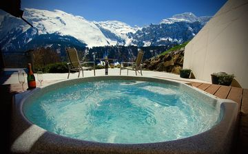 Luxury Chalet ALPHAVEN 4 Apartments, Breathtaking Panoramic Views, Finnish SAUNA - Apartment A