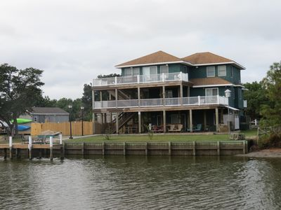 Photo for WATERFRONT, PRIVATE DOCK,  POOL, HOT TUB..ICE MACHINE.. 4 WHEEL DRIVE AREA