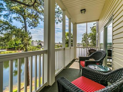 Photo for Stunning★Lake side★Balcony★Walk to beach★6 Pools★2 Elevators★@ Ocean Keyes★#3425