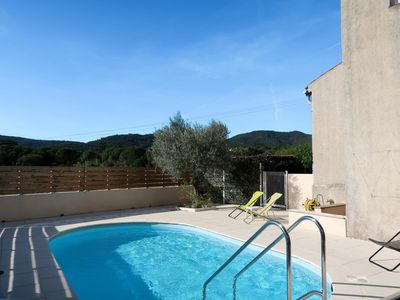 Photo for Beautiful apartment for 6 people with WIFI, private pool, TV, balcony and parking