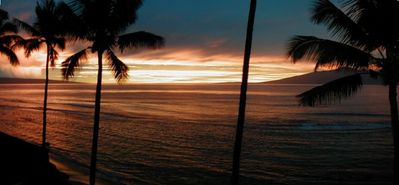 ANOTHER BEAUTIFUL MAUI SUNSET FROM PAPAKEA