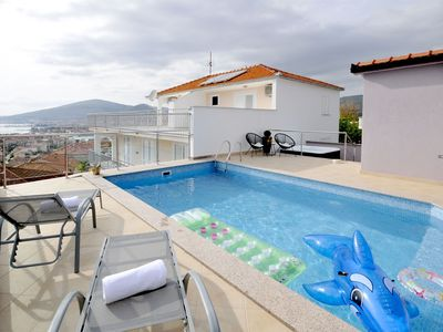 Photo for 4BR House Vacation Rental in Trogir