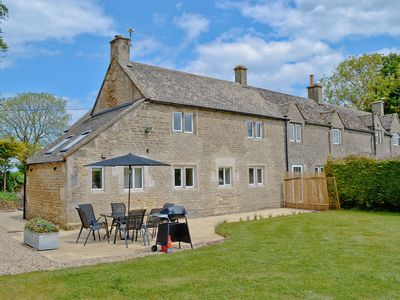 Photo for 3 bedroom accommodation in Turkdean, near Northleach