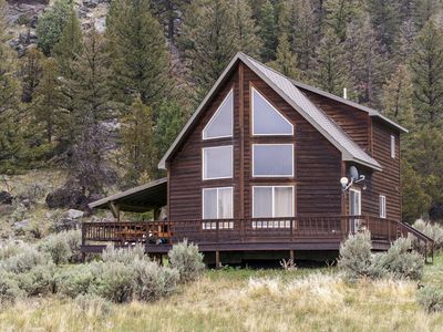 Photo for 2BR Cabin Vacation Rental in Gardiner, Montana