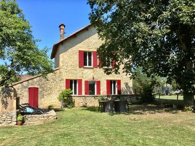 Photo for 2BR House Vacation Rental in Thénac, Nouvelle-Aquitaine